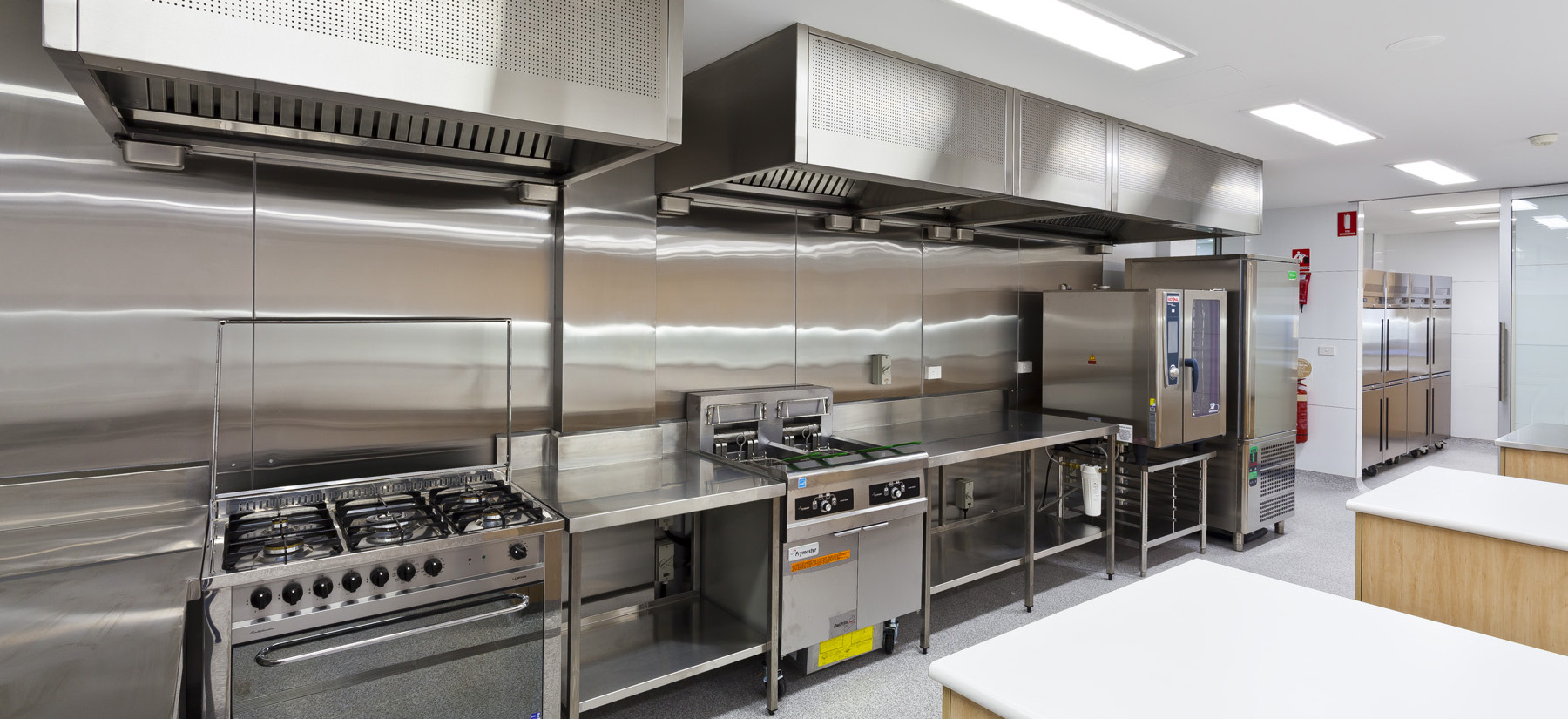 Commercial Kitchen Appliances ~ Difference between commercial residential appliance